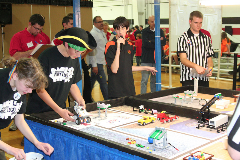 FLL students on the field